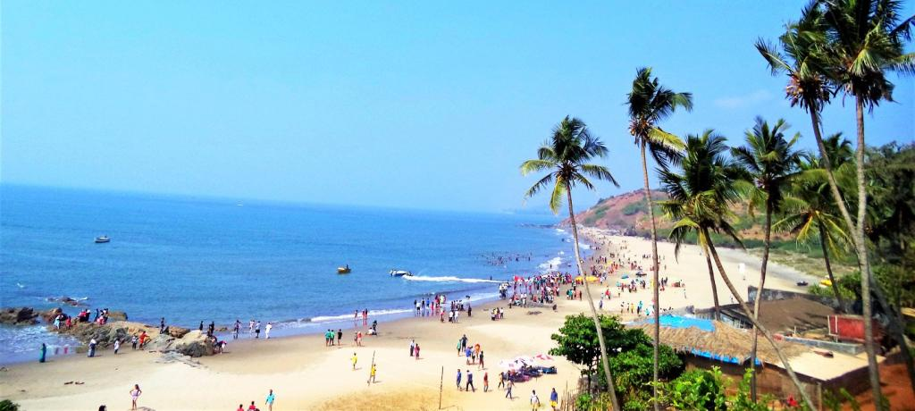 Calangute_Beach_Top_View_Goa_1440x648